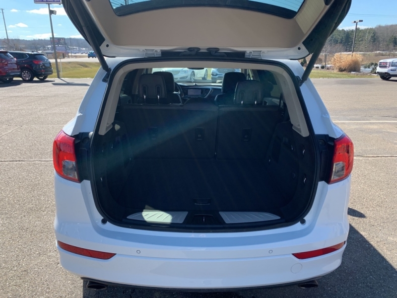 Buick Envision 2017 price $22,988