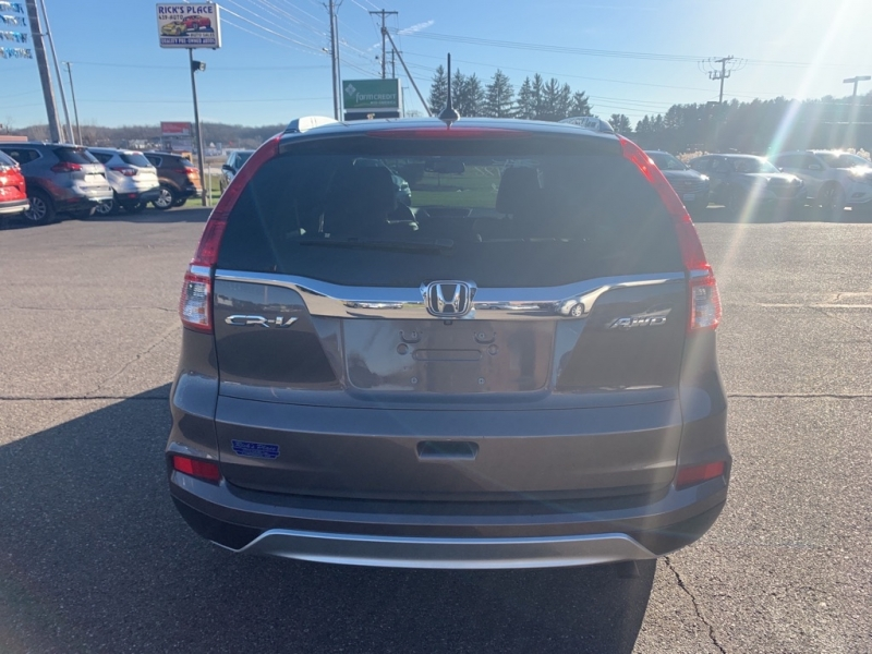 Honda CR-V 2015 price $17,988