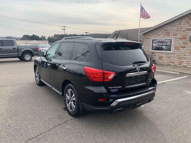 Nissan Pathfinder 2018 price $27,988