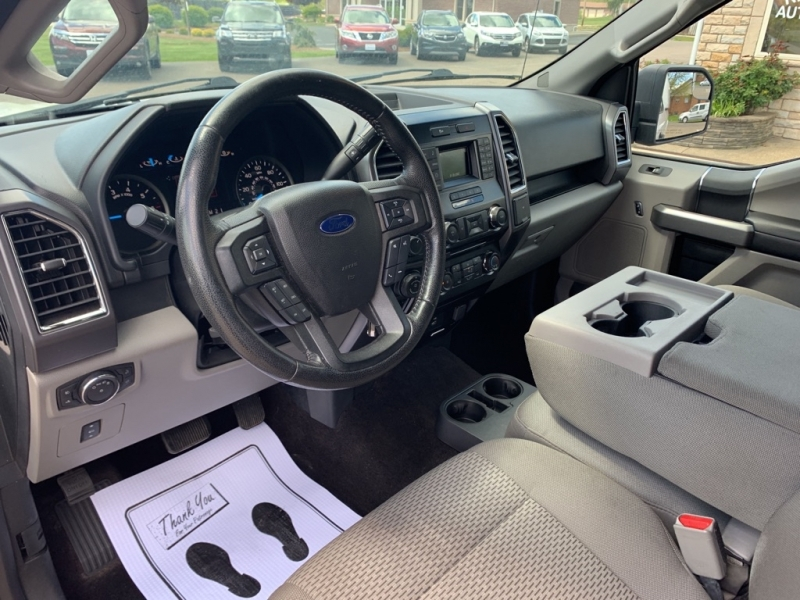 Ford F-150 2016 price $27,988