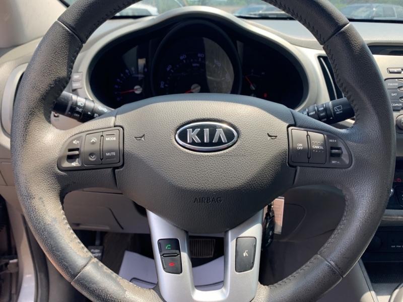 Kia Sportage 2011 price $4,988