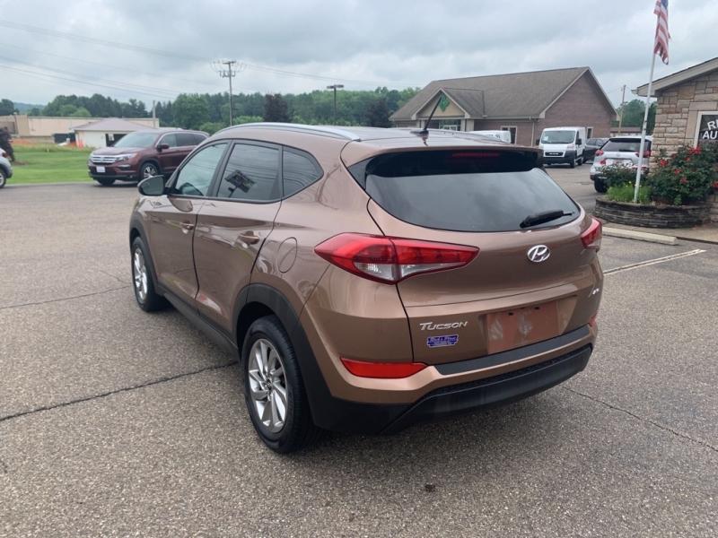 Hyundai Tucson 2016 price $18,988