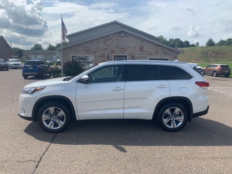 Toyota Highlander 2018 price $39,988