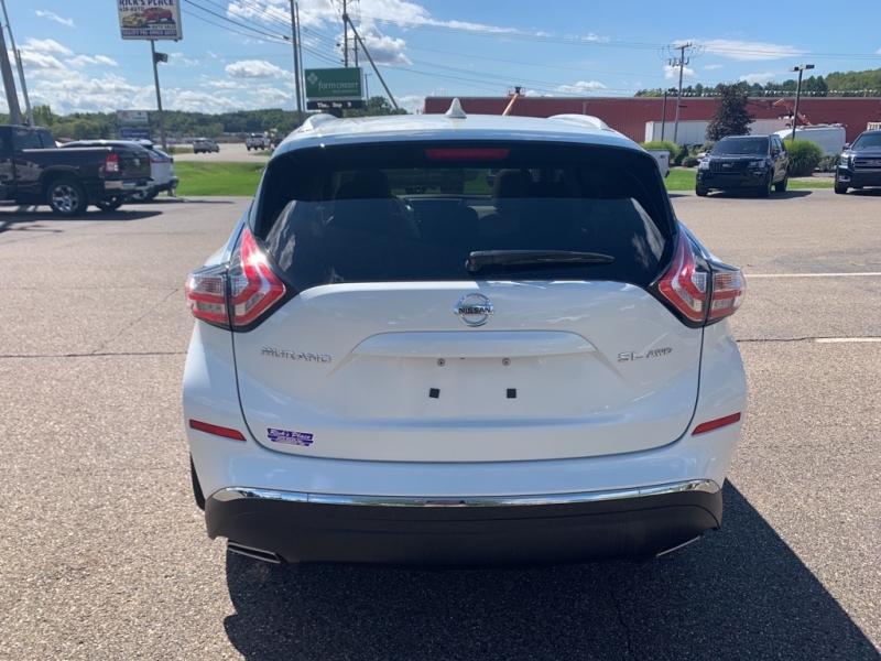 Nissan Murano 2018 price $33,988