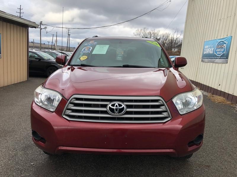 Toyota Highlander 2010 price $6,990