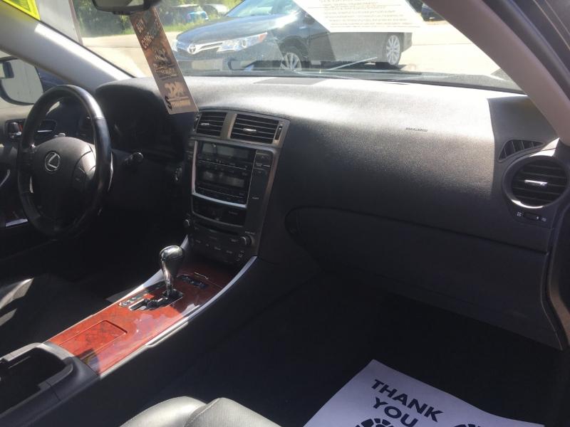 Lexus IS 250 2007 price $7,490