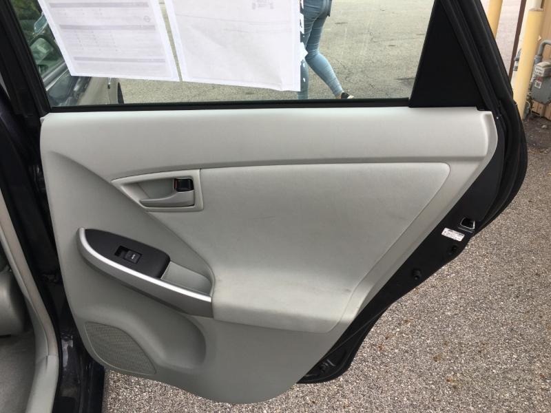Toyota Prius 2010 price $5,500
