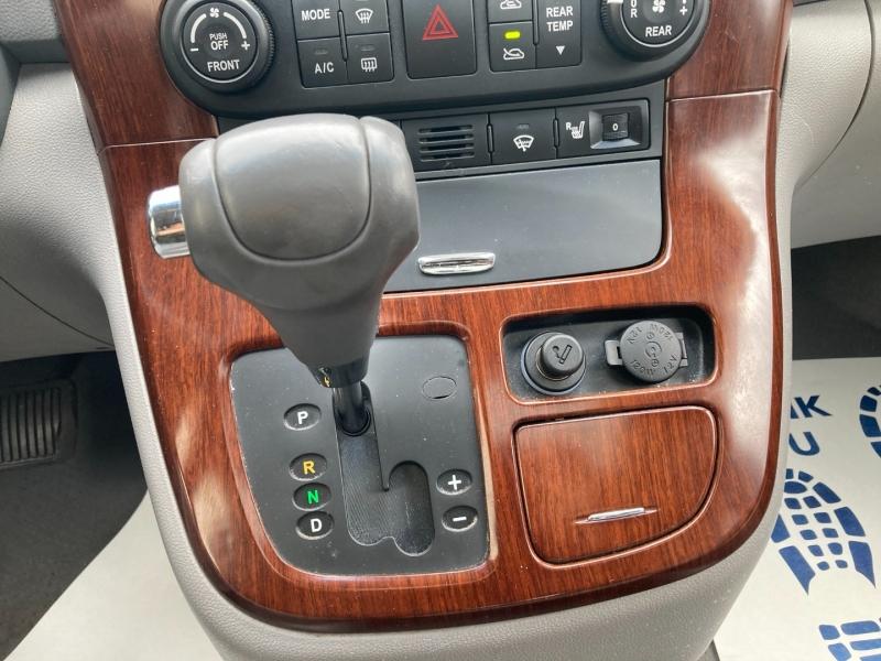 Kia Sedona 2007 price $4,900