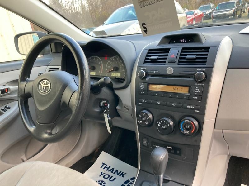 Toyota Corolla 2013 price $7,400