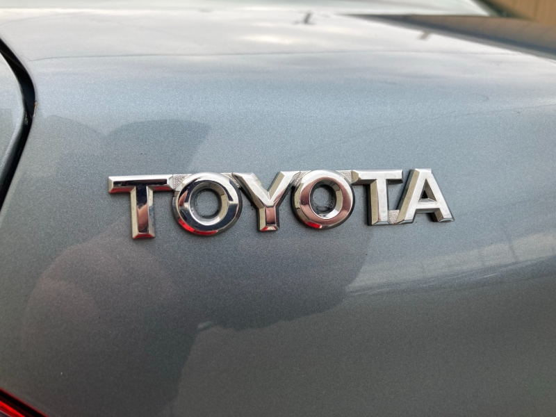 Toyota Avalon 2010 price $7,500