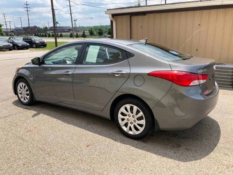 Hyundai Elantra 2012 price $6,400