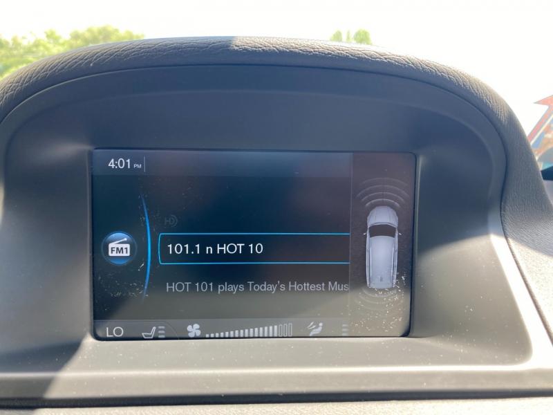 Volvo XC 70 2012 price $10,500