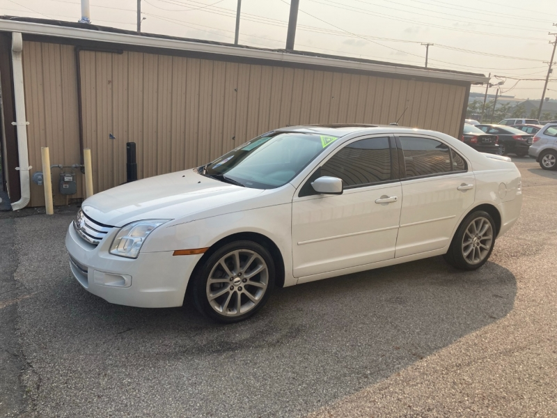 Ford Fusion 2009 price $4,800
