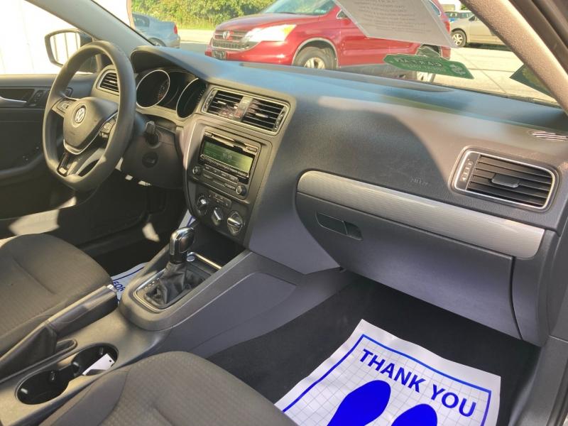 Volkswagen Jetta 2015 price $6,700