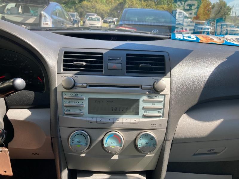 Toyota Camry 2007 price $4,400