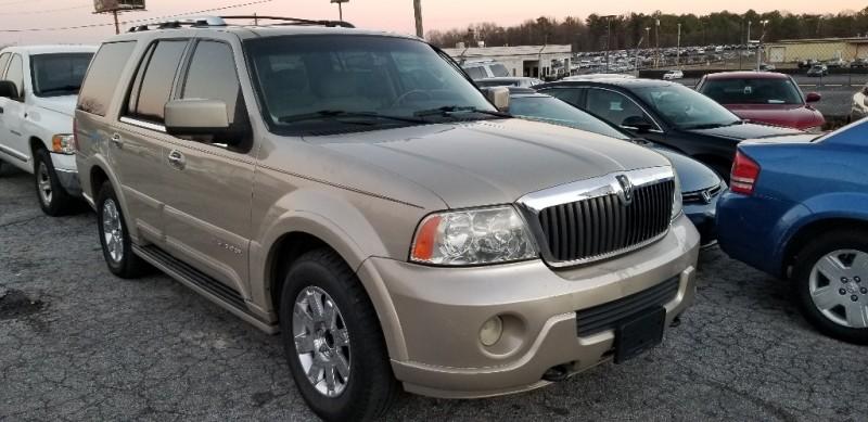 Lincoln Navigator L, W/ 3RD ROW SEAT 2004 price $6,000