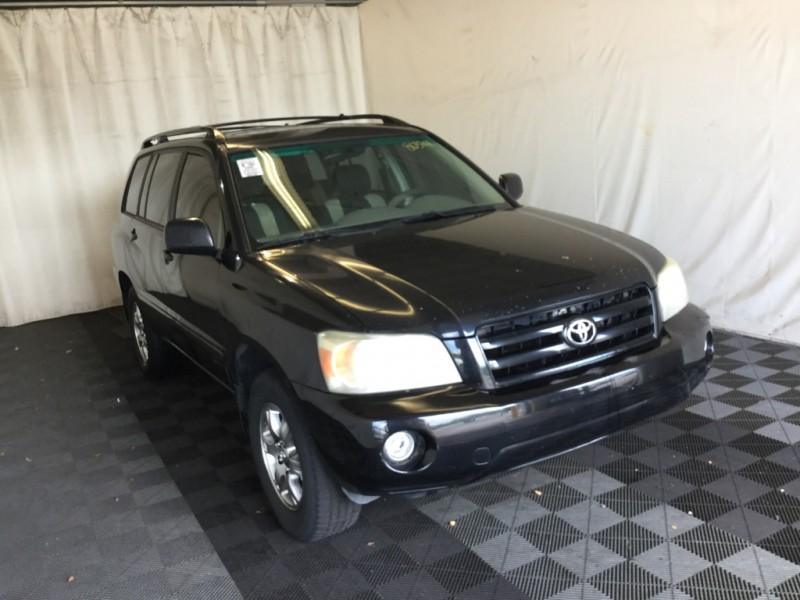 Toyota Highlander 2005 price $6,000