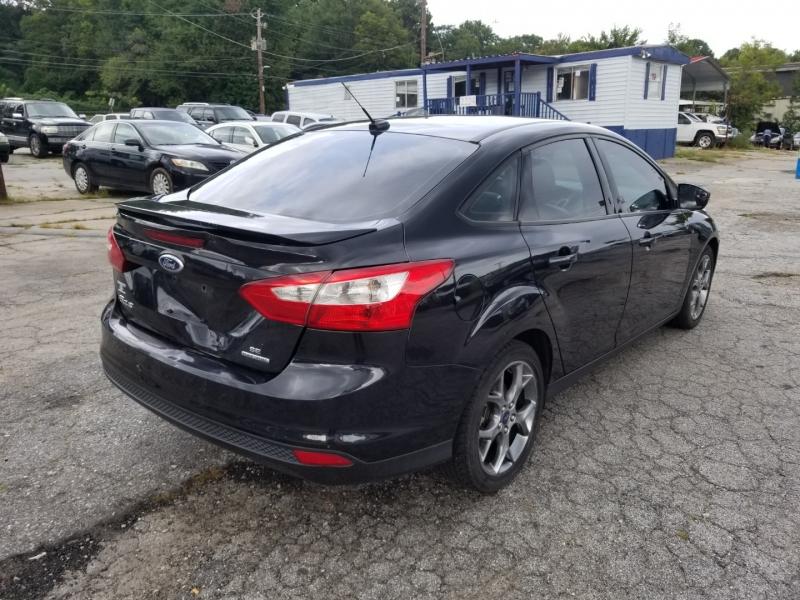 Ford Focus 2013 price $6,000