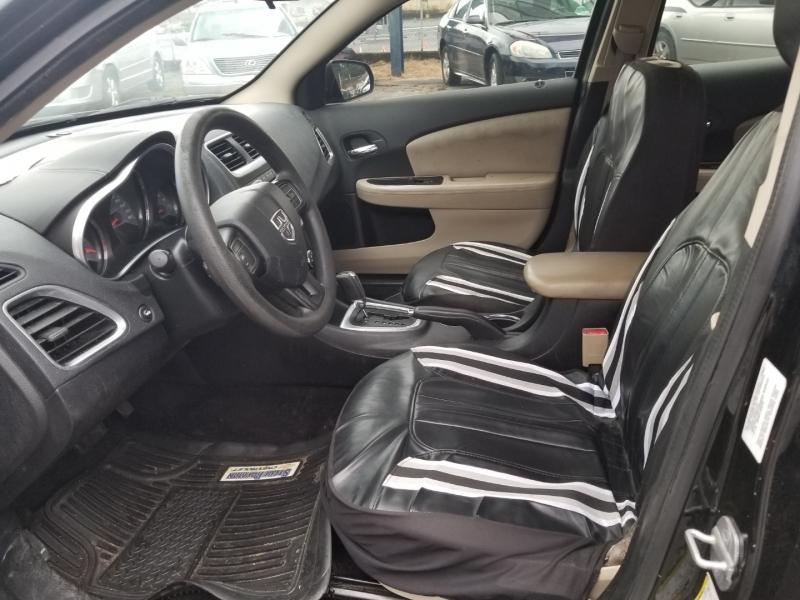 Dodge Avenger 2013 price $7,000