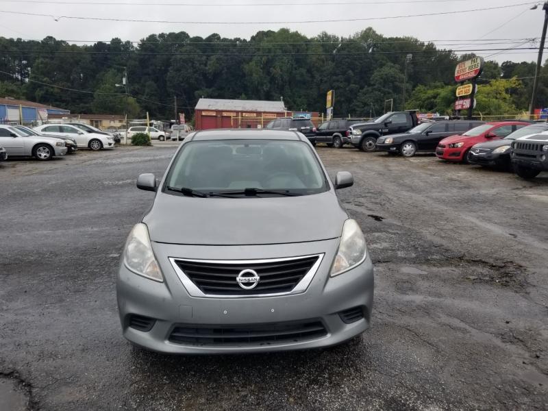 Nissan Versa 2013 price $6,000