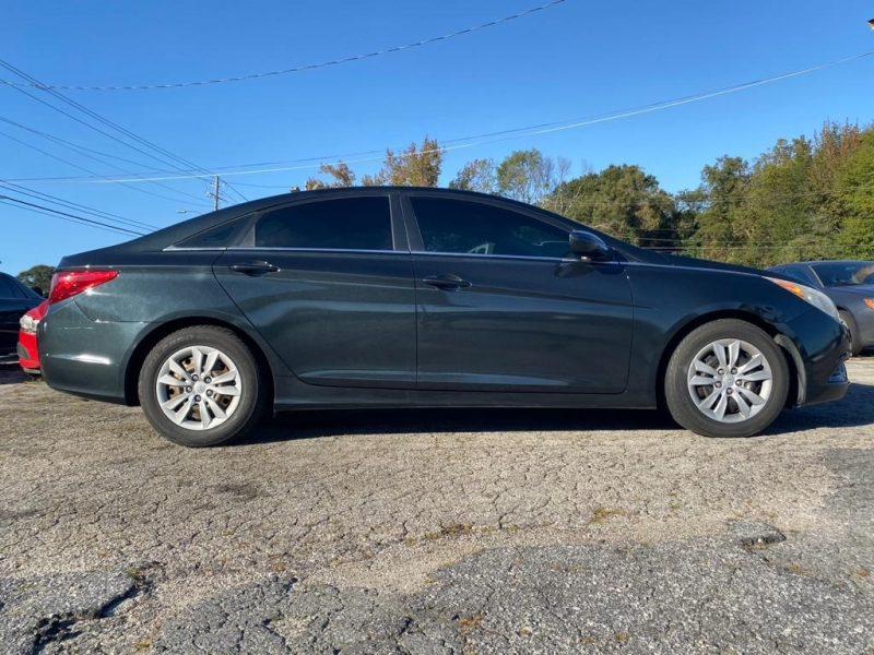 Hyundai Sonata 2011 price $7,000