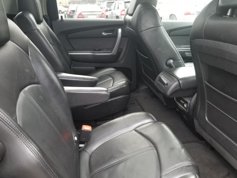 GMC Acadia, 3RD ROW SEAT 2008 price $8,000
