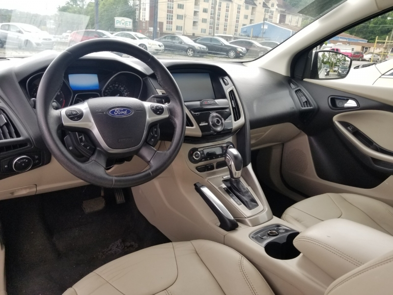 Ford Focus 2012 price $6,000