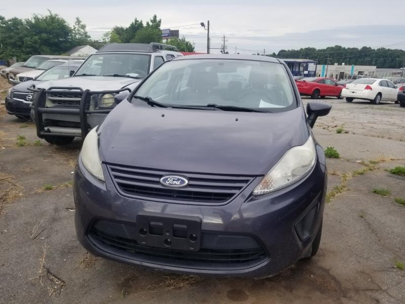 Ford Fiesta 2013 price $6,000