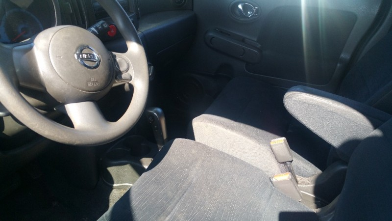 Nissan cube 2009 price $6,000