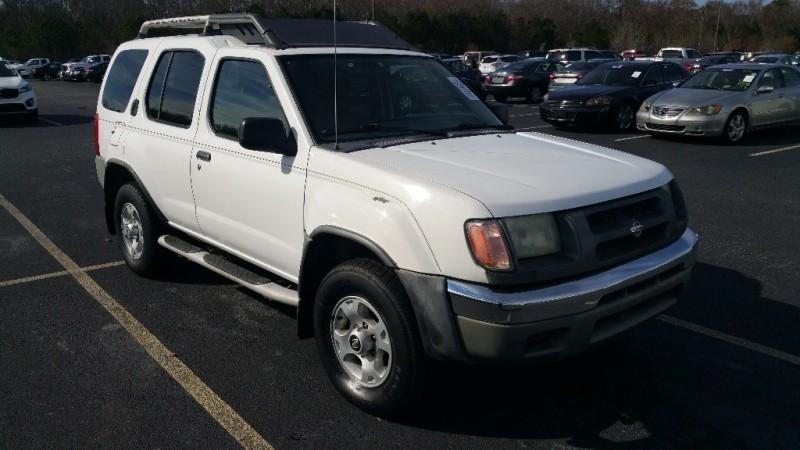 Nissan Xterra 2000 price $4,000