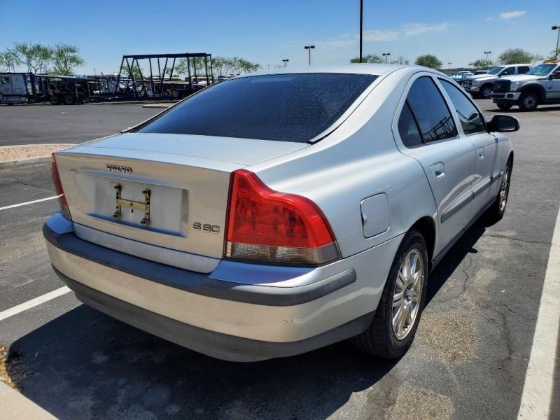 VOLVO S60 2003 price $2,900