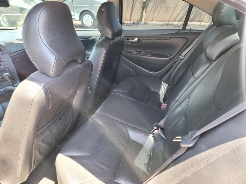 VOLVO S60 2002 price $2,900