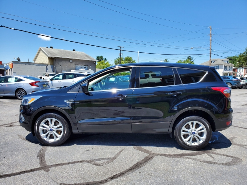 Ford Escape 2017 price $17,900