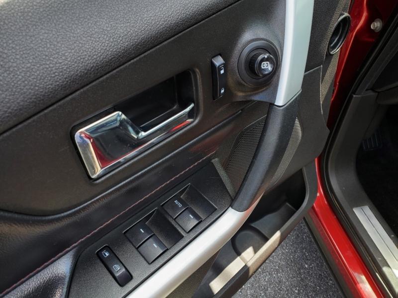 Ford Edge 2013 price $12,900