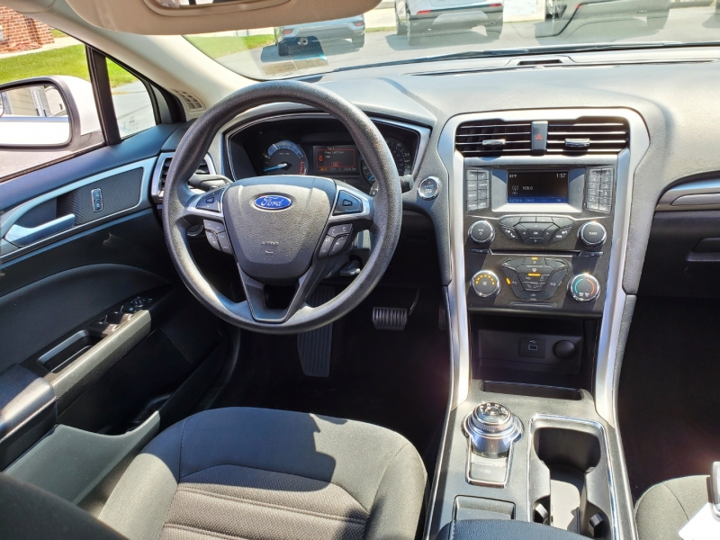 Ford Fusion 2017 price $15,900