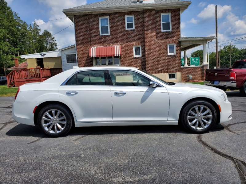 Chrysler 300 2015 price $19,900