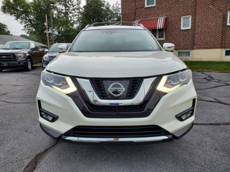 Nissan Rogue 2017 price $23,500
