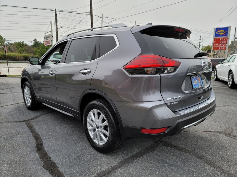 Nissan Rogue 2017 price $18,900