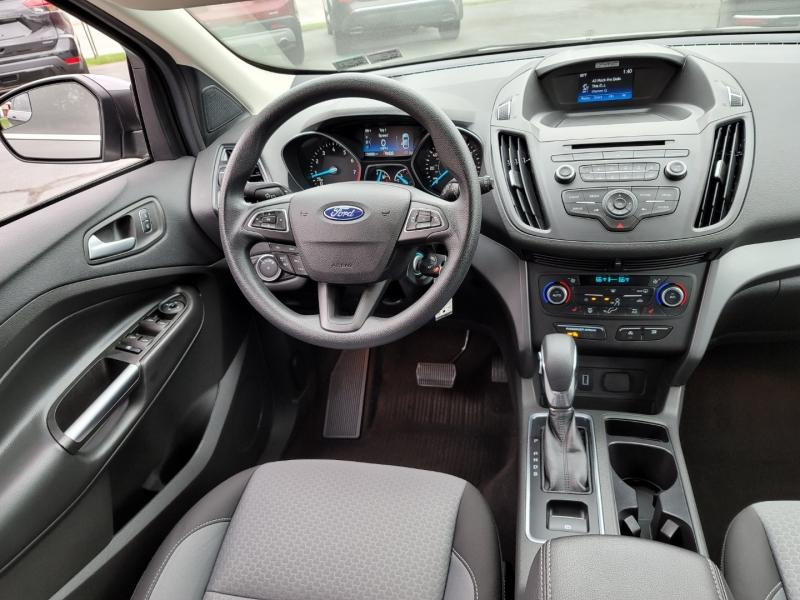 Ford Escape 2018 price $18,900
