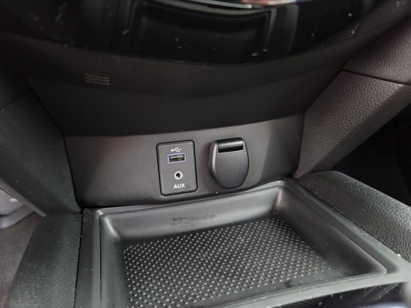 Nissan Rogue 2017 price $18,900