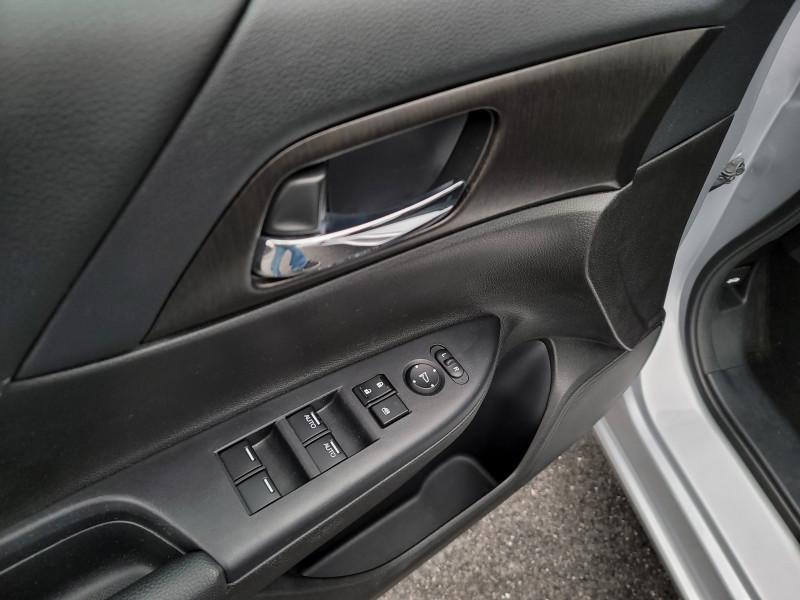 Honda Accord Sdn 2013 price $13,900