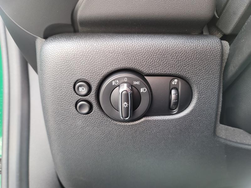 Mini Hardtop 2 Door 2021 price $28,900