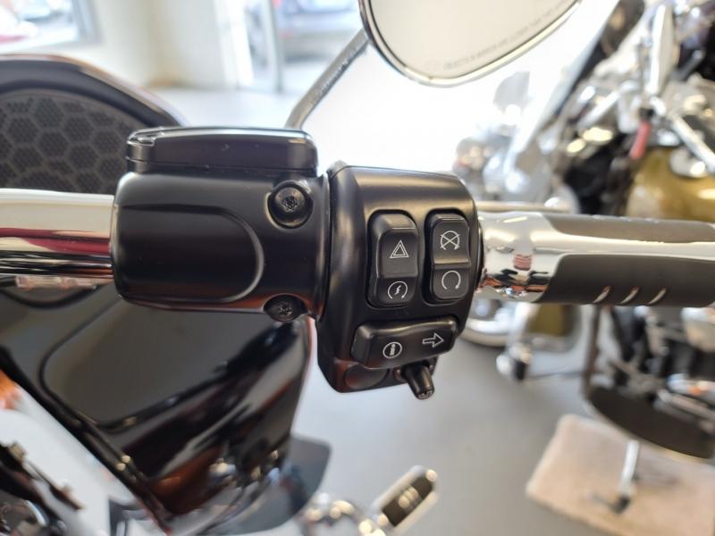 Harley-Davidson Road Glide 2015 price $16,900