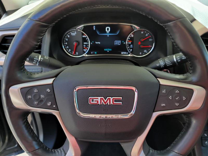 GMC Acadia 2017 price $29,325
