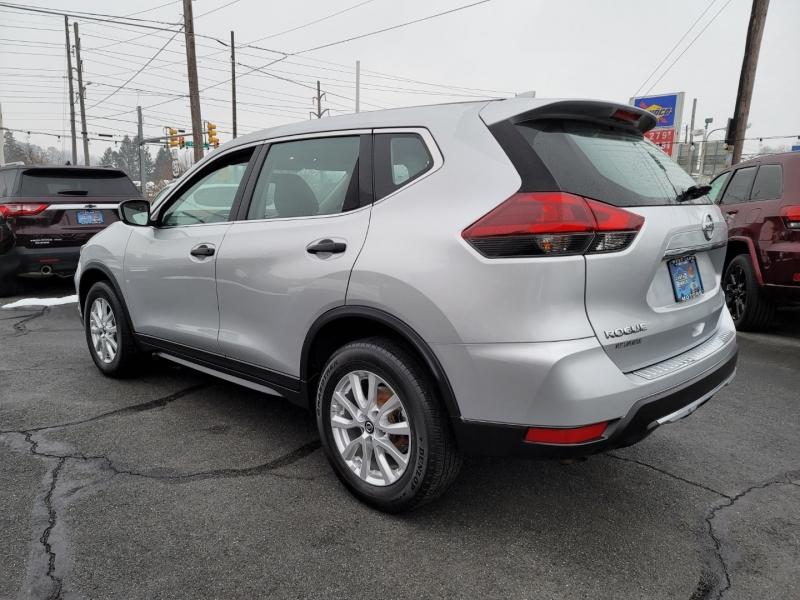 Nissan Rogue 2018 price $14,900