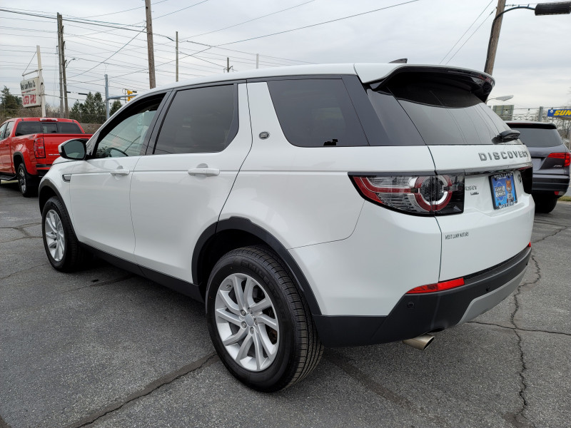 Land Rover Discovery Sport 2017 price $30,900