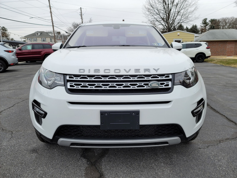 Land Rover Discovery Sport 2017 price $29,900