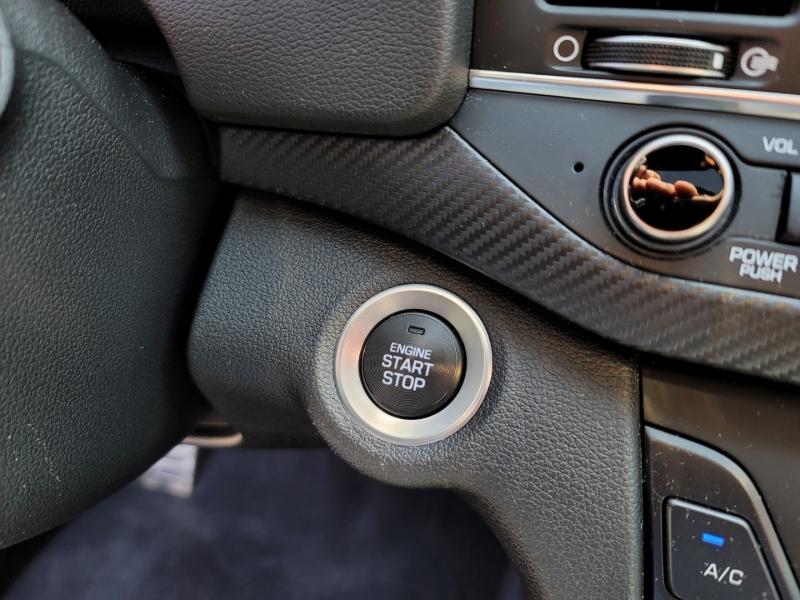 Hyundai Elantra 2018 price $18,900