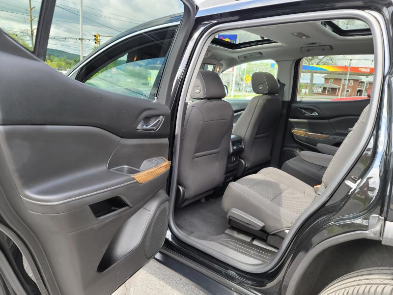 GMC Acadia 2018 price $30,900