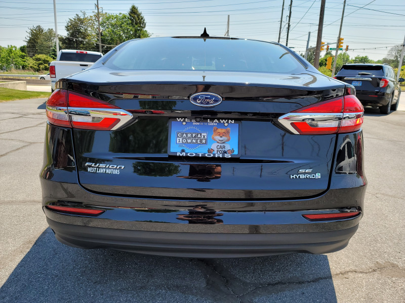 Ford Fusion Hybrid 2019 price $21,900